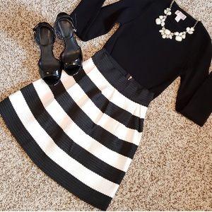 Dresses & Skirts - NEW Pleaded  Structured Black & White Circle SKIRT